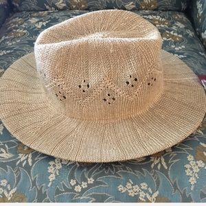 NEW light tan weave hat with design cutouts